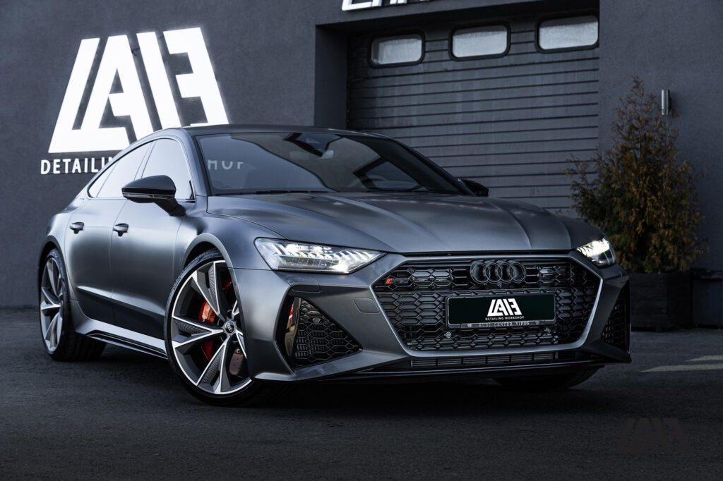 Audi RS7 С8