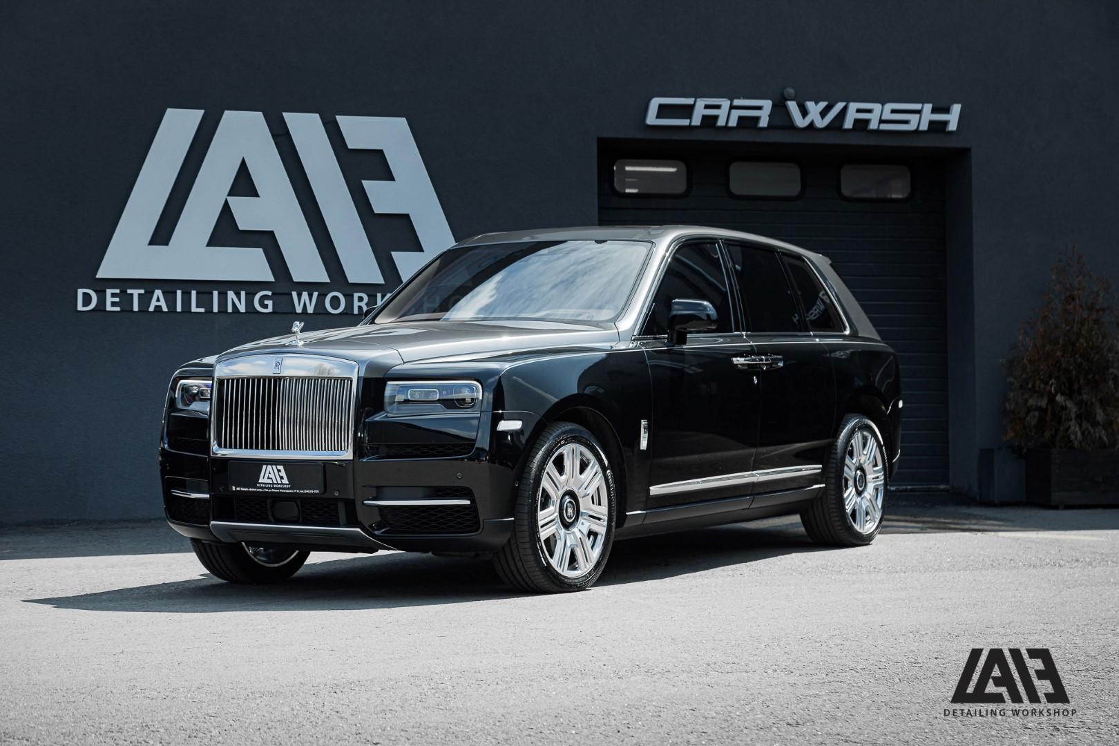 Rolls Royce Cullinan inozetek gunmetal